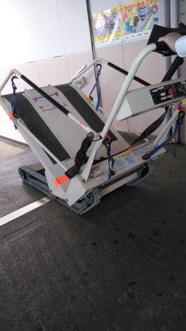 車椅子目線のつぶやき~駅の階段昇降機編